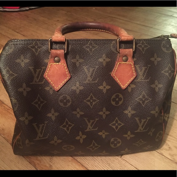Louis Vuitton Bags   Vintage Lv Signature Monogram Canvas 30 Speedy ... a022fcef67